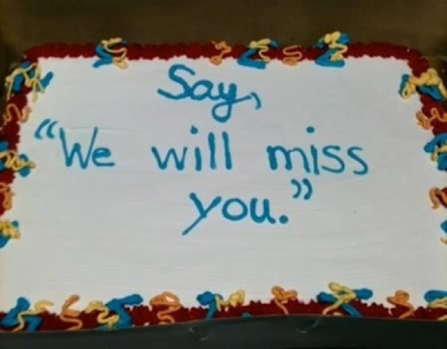 weirdest-cake-decoration-we-will-miss-you